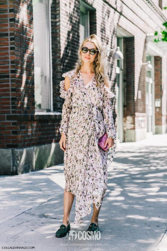 或者选择一条印花半裙,搭配一件白TEE或者像下面这位姑娘一样搭配格纹来个撞元素,绝对有风格易赚回头率。