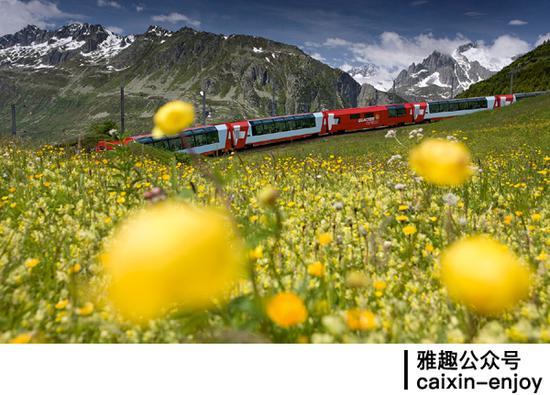 列车窗外的绝美风景