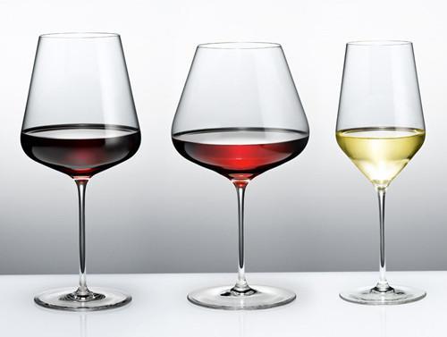 从左往右,波尔多杯、勃艮第杯、白葡萄酒杯(图片来源:Zalto)
