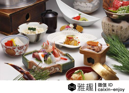强烈色彩感染力的日本料理刷新了中国人对料理认知的三观:不一定好吃,但一定要好看。