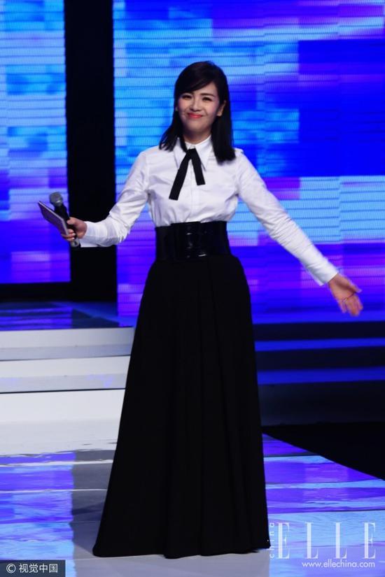 衬衣+高腰伞裙 Baby袁姗姗王丽坤的藏肉显瘦心机