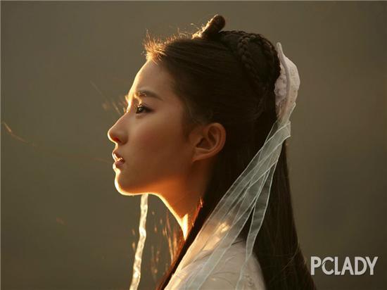 刘亦菲随便就能来个侧颜杀 为啥刘诗诗做不到