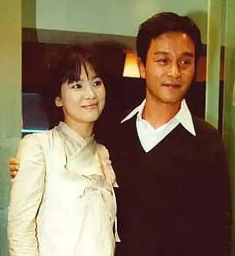 宋慧乔也是他的铁粉。