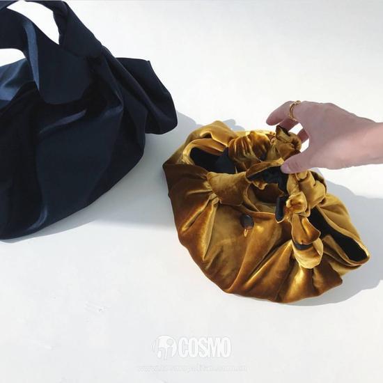 立秋要入手的第一件单品必须是丝绒包