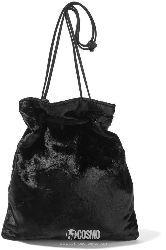 包袋来自MIUMIU