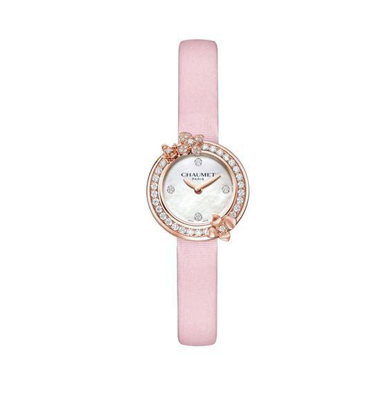CHAUMET Hortensia Eden 绣球花伊甸园珍珠母贝腕表,售价9万1。