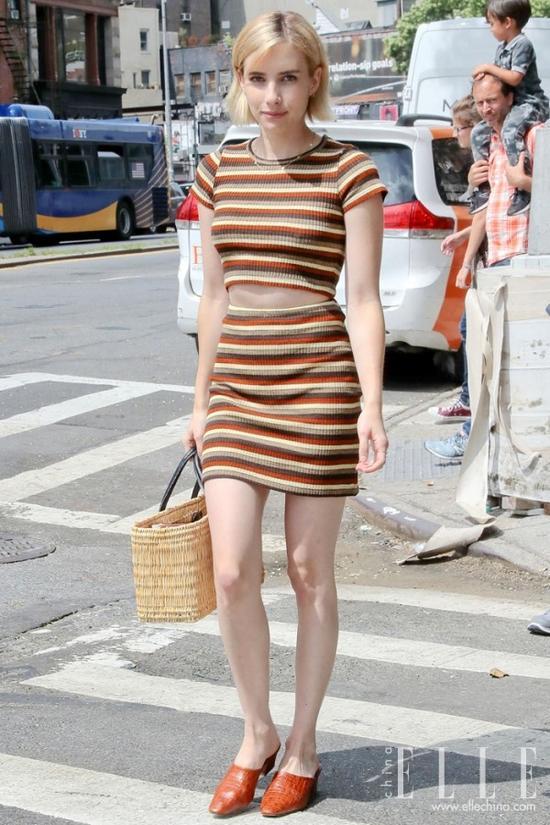 155CM的女生穿衣服 是显瘦重要还是显高更重要