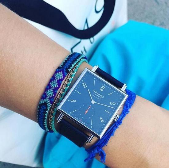 NOMOS Tetra neomatik腕表,图片来源于Pinterest。