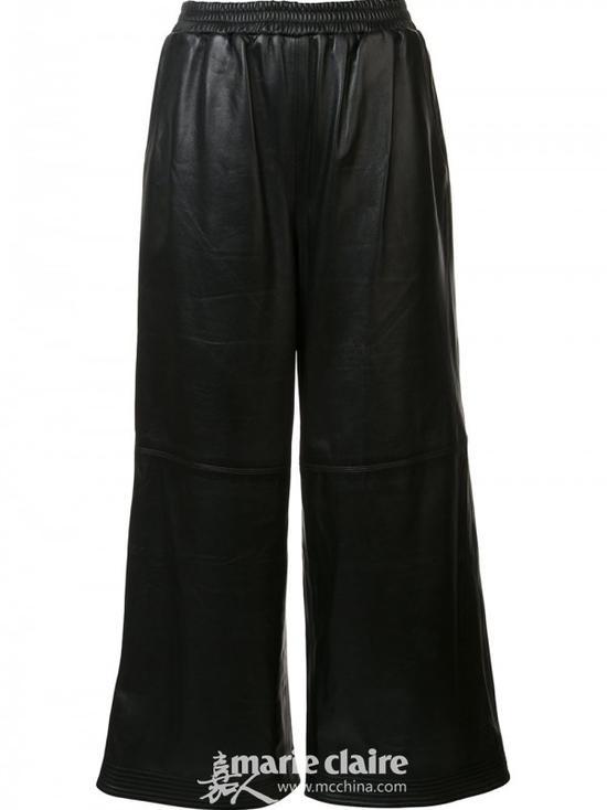 Get宋茜的街头Style 卫衣阔腿裤帮你驱驱寒