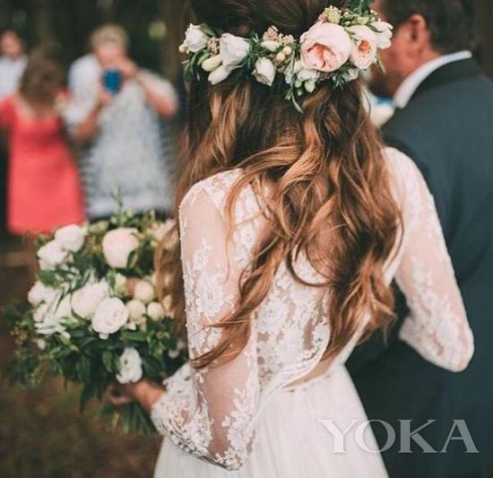 婚礼发饰的绝对主角——花朵元素|发饰|花朵|婚礼_热点时尚_热点网