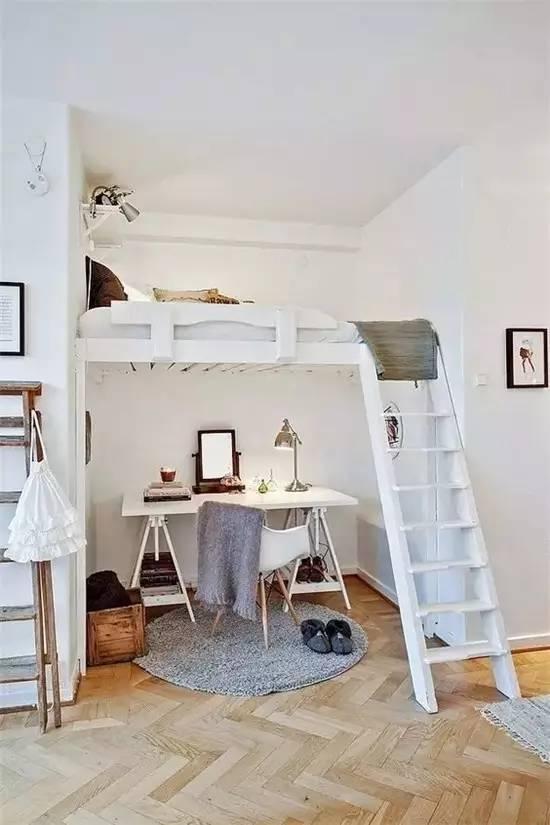 至于爬梯,购置一组储物柜子,将柜子当作爬梯也不失为妙举呢~