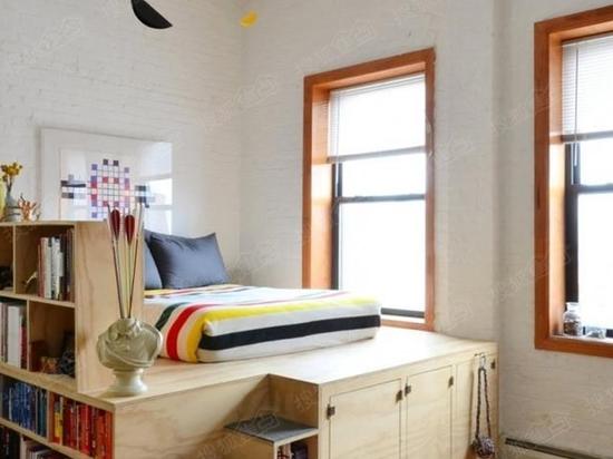 说起占地方,床绝对首当其冲。既然床占地方,那就改造它!快看看别人家的床,这样的设计太机智了!