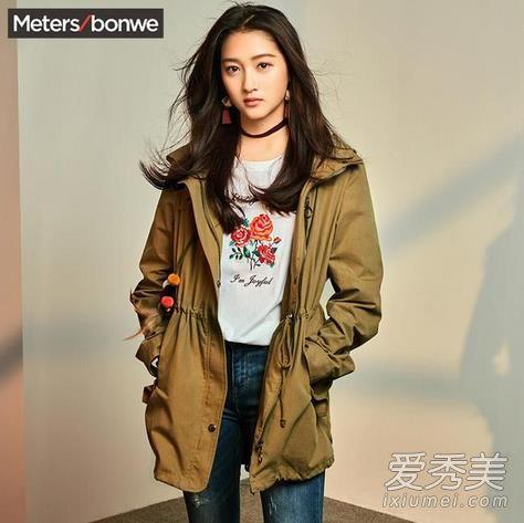 关晓彤同款风衣外套,军绿色真的是每年的必备款,收腰的款式可以更好的贴合你的身材。