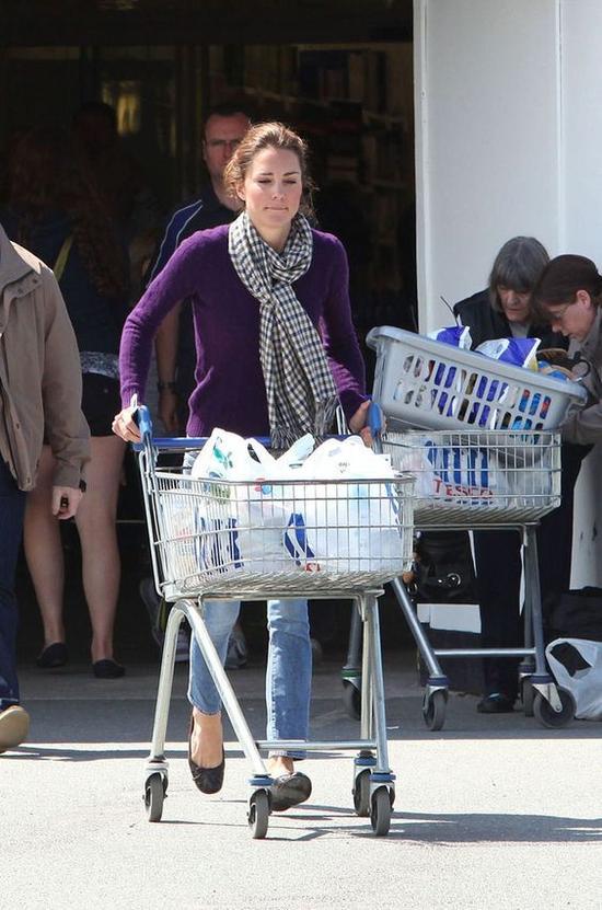 凯特王妃逛超市 图片来源自Google