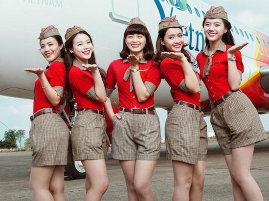 崭露头角的亚洲航空公司 VietJet 成为了今年的最佳超廉价航空公司。