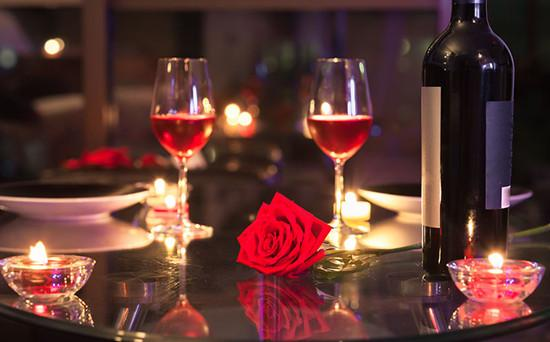 浪漫的约会之夜该如何挑选美酒?|美酒|葡萄酒|约会_热点时尚_热点网