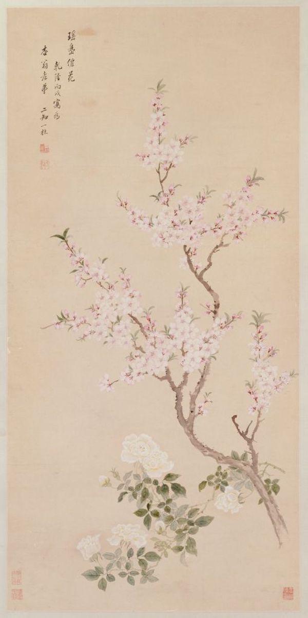 《桃花图》轴,清,邹一桂绘,纸本,设色,纵120.2厘米,横58.9厘米。故宫博物院藏。