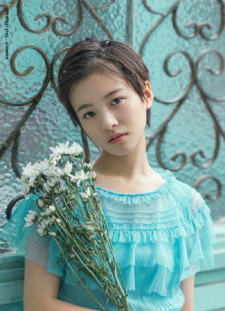 《小欢喜》英子的扮演者李庚希,是被徐静蕾被发掘后进入演艺圈