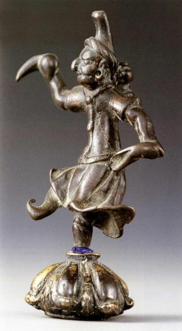 甘肃所出粟特舞者铜像