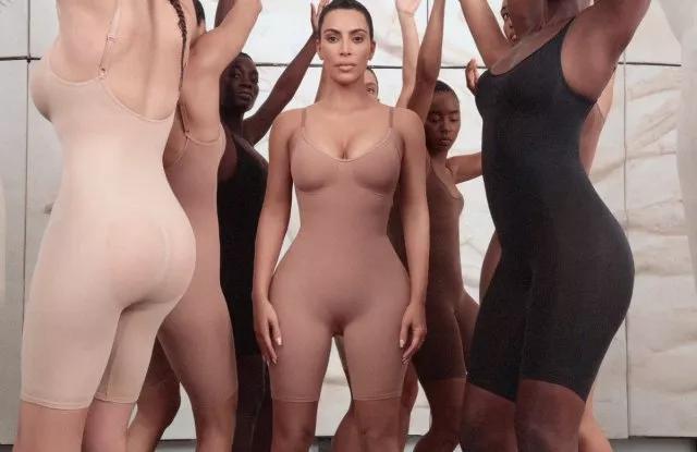 卡戴珊出手塑身内衣市场 背后是年销数百亿元的巨型蛋糕卡戴珊内衣