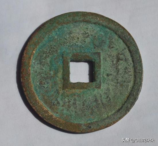 """1872年,日本政府借明治天皇亲政之机,削琉球国号设为""""琉球藩""""。"""