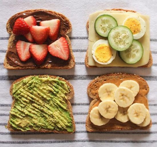 吐司配水果 圖片來源cupofjo.com