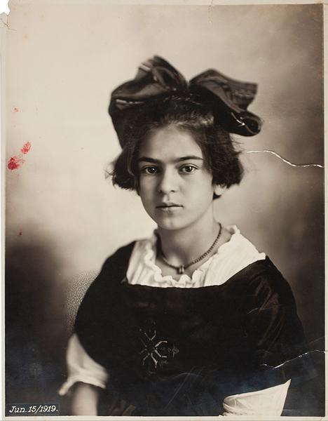 弗里达,1919年6月15日。