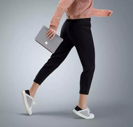 最便宜Surface电脑终于上市 仅10英寸起步售价399美元帮战华北赛区总舵主是
