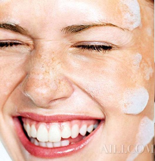 换季洗脸很重要 日夜黄金组合清洁才到位