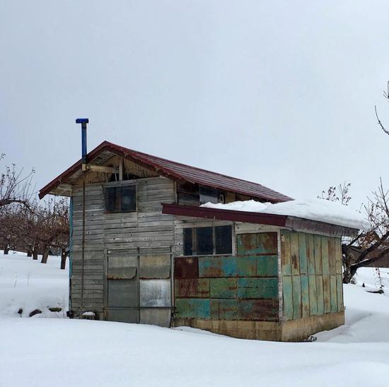 奈良美智的小木屋