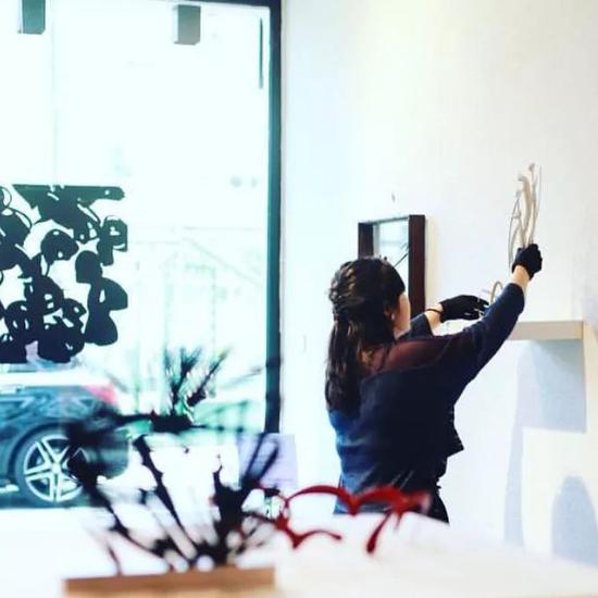 SOIL 是香港首家漆艺艺廊,也是一家非营利机构,专注于推广亚洲漆艺。