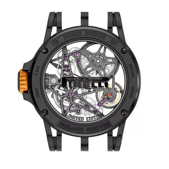 ▲ Excalibur Spider Pirelli 系列自动上链镂空腕表橙色款背面