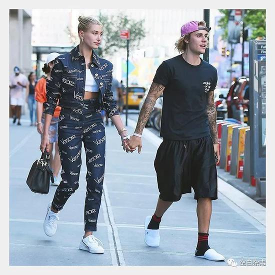 Hailey Baldwin 和Justin Bieber 日常街拍造型