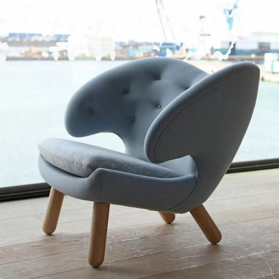 △鹈鹕椅 - 常见于高档会所、高档度假酒店 由丹麦著名设计师祖尔于1940年设计。