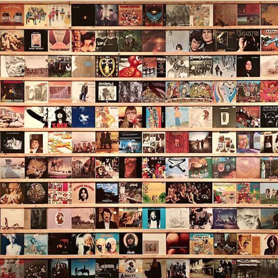 奈良美智的唱片收藏