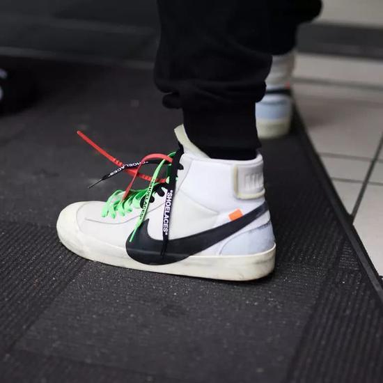 Nike x Off-White系列