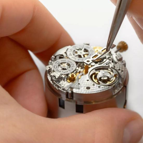 """所谓腕表,戴对了就能""""跑赢时间"""""""