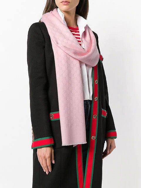 Gucci羊绒围巾