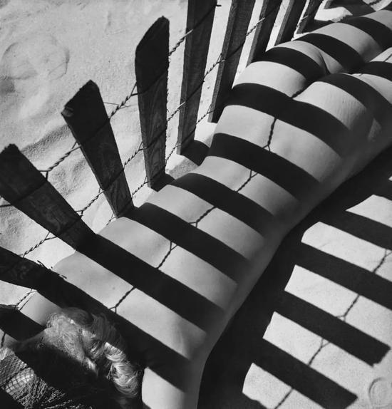 摄于1930 Fernand Fonssagrives