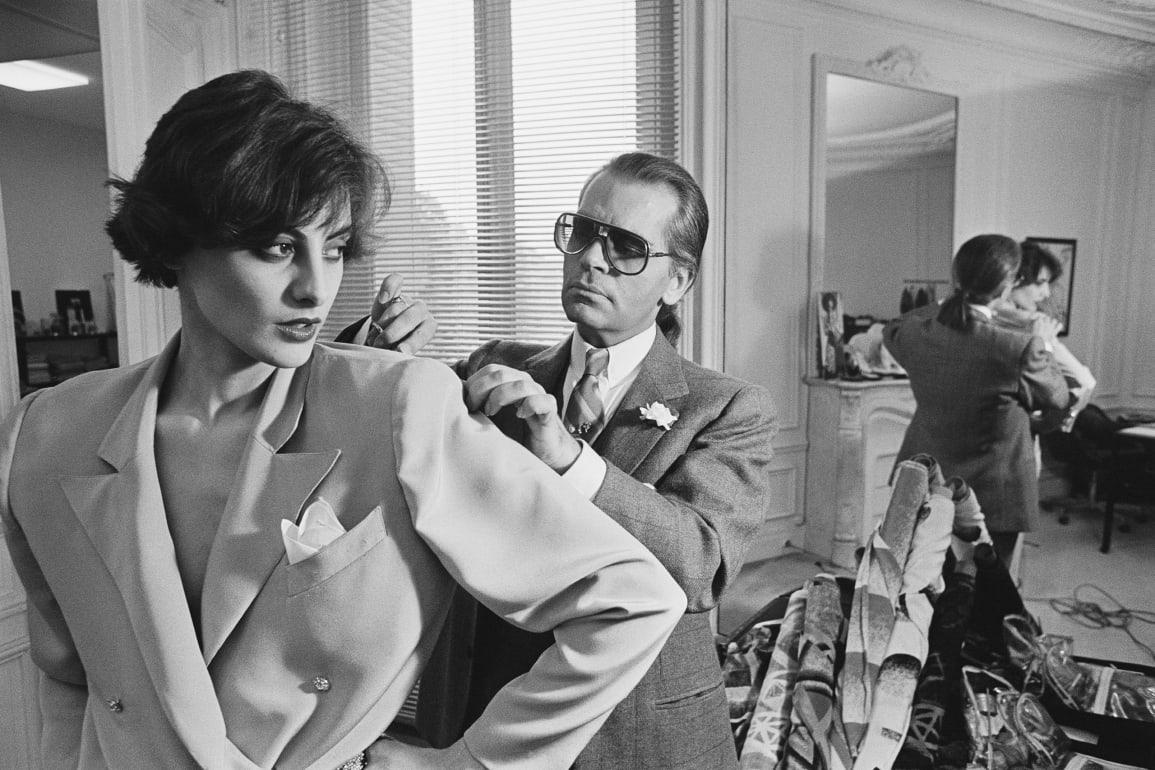 Lagerfeld 在 Chloé's 巴黎工作室