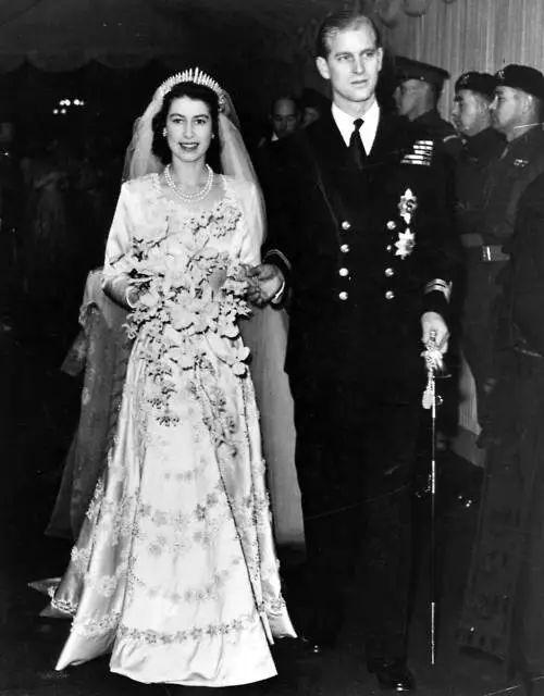 △ 1947年伊丽莎白二世大婚