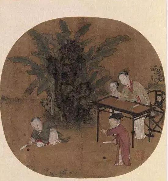 宋 苏汉臣画的《蕉阴击球图》,就有交椅出没
