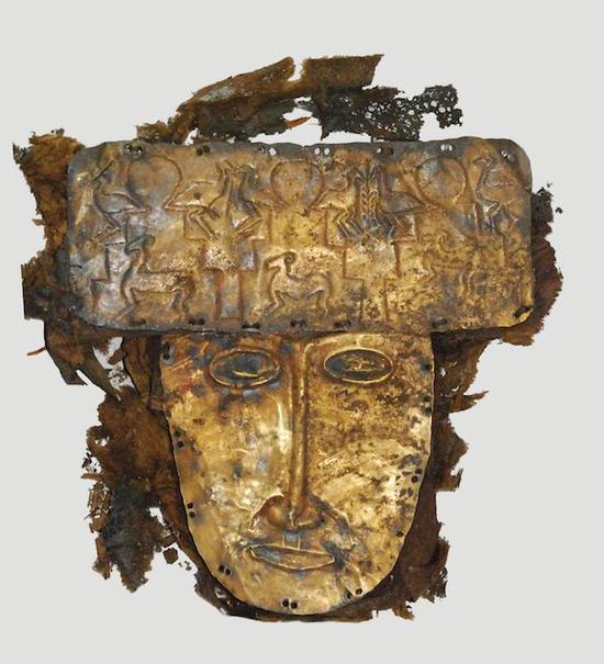 《动物纹金面具》象雄王国,2世纪,西藏阿里地区札达县文物局收藏