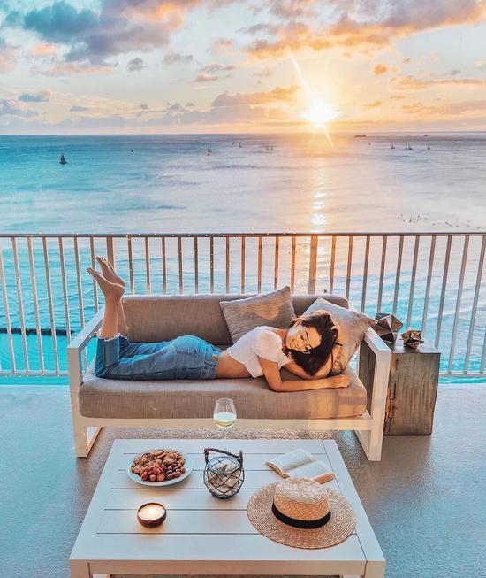 那个23岁免费环游世界的姑娘后来怎么样了?