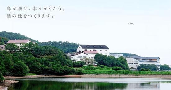 300张海报惊艳世人 日本烧酒界的一个传奇!