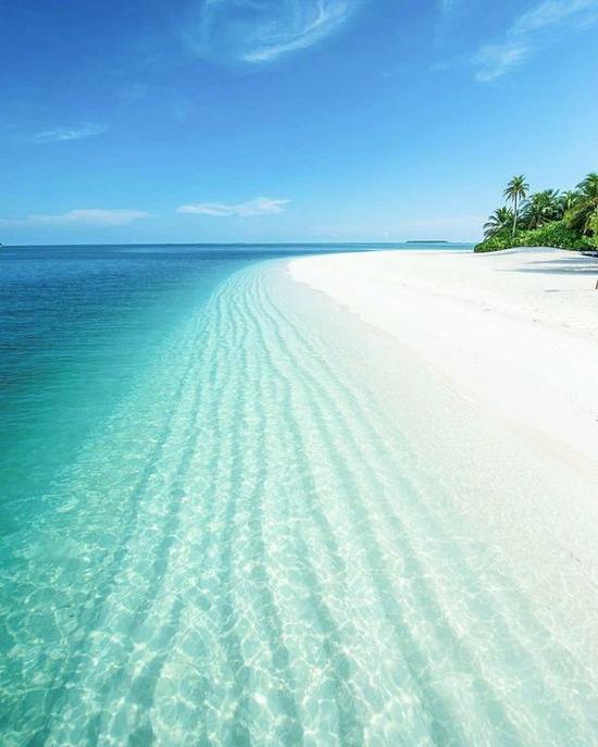 海岛旅行 图片来源自Pinterest@Chelsea Bartlett