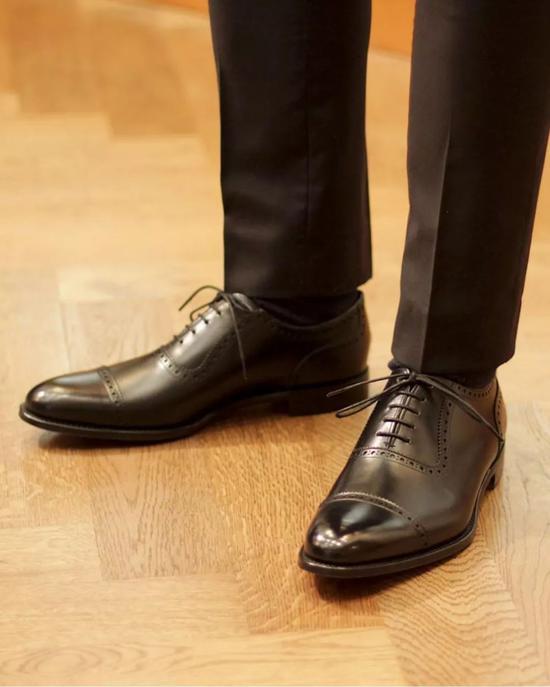 初入职场?这10款皮鞋适合你