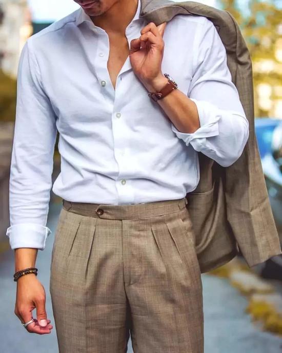 有褶or无褶 为你解锁裤装的帅气姿势