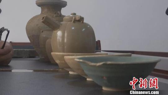 一村民捐赠7件千年文物