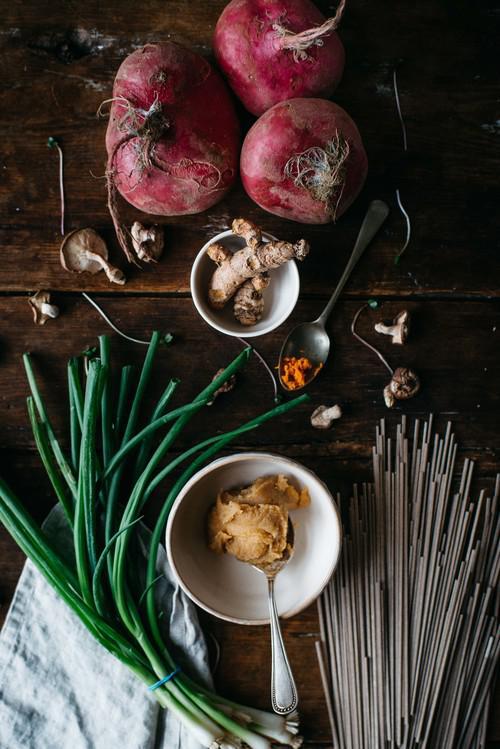 蘑菇味增荞麦面 AMG88源自www.dollyandoatmeal.com